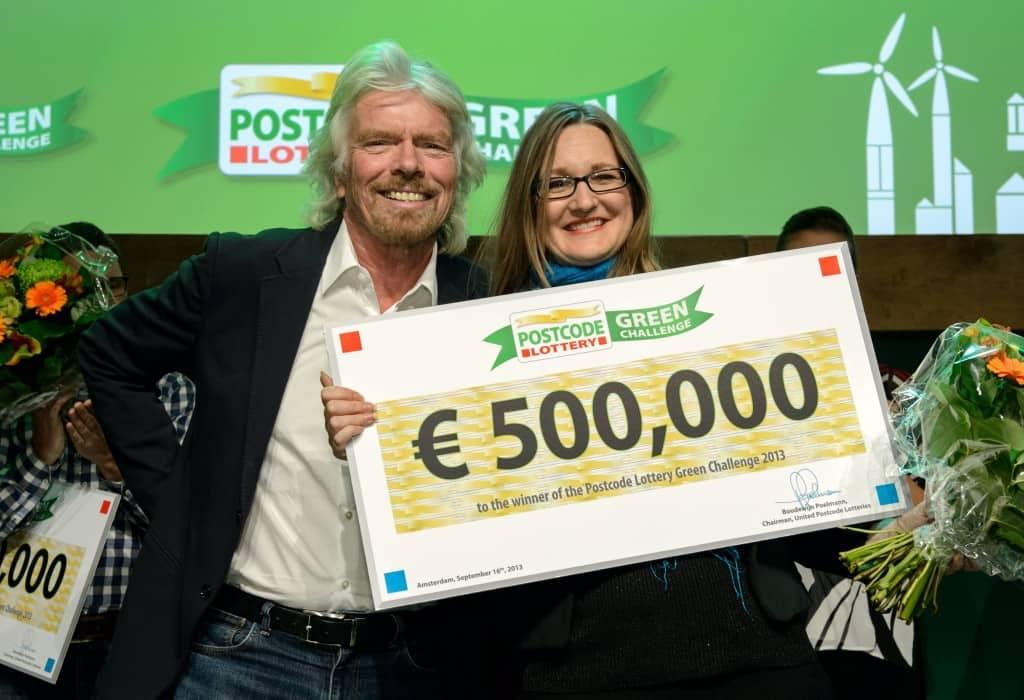 Richard Branson with Ginger Dosier winner 2013_0